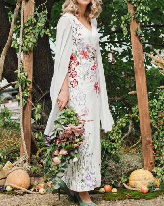 لم يعد الفستان التقليدي يرضي العروس