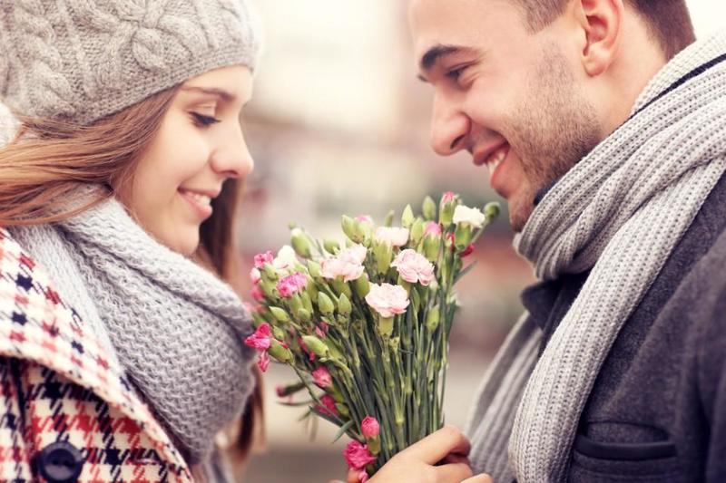 عبري له عن اشتياقك بكلام الحب