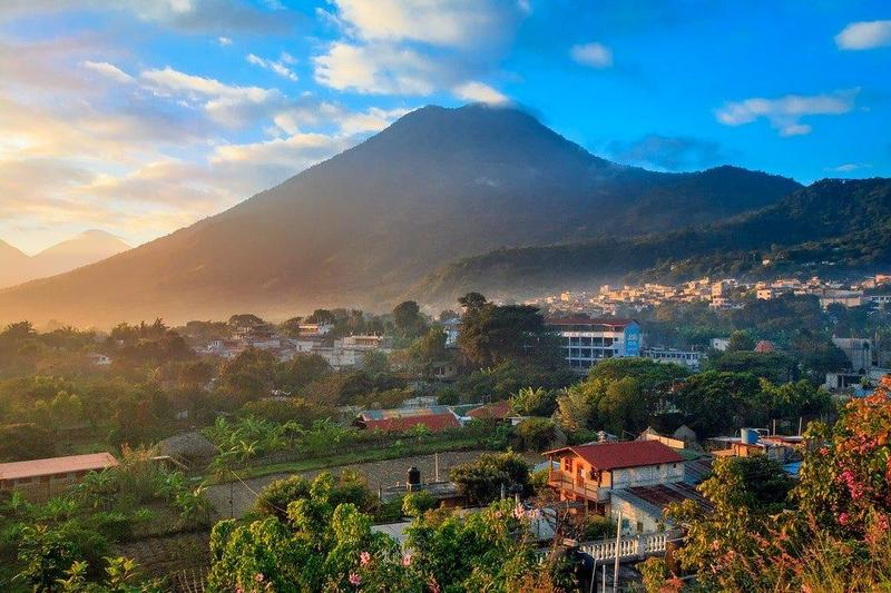 شهر العسل في غواتيمالا