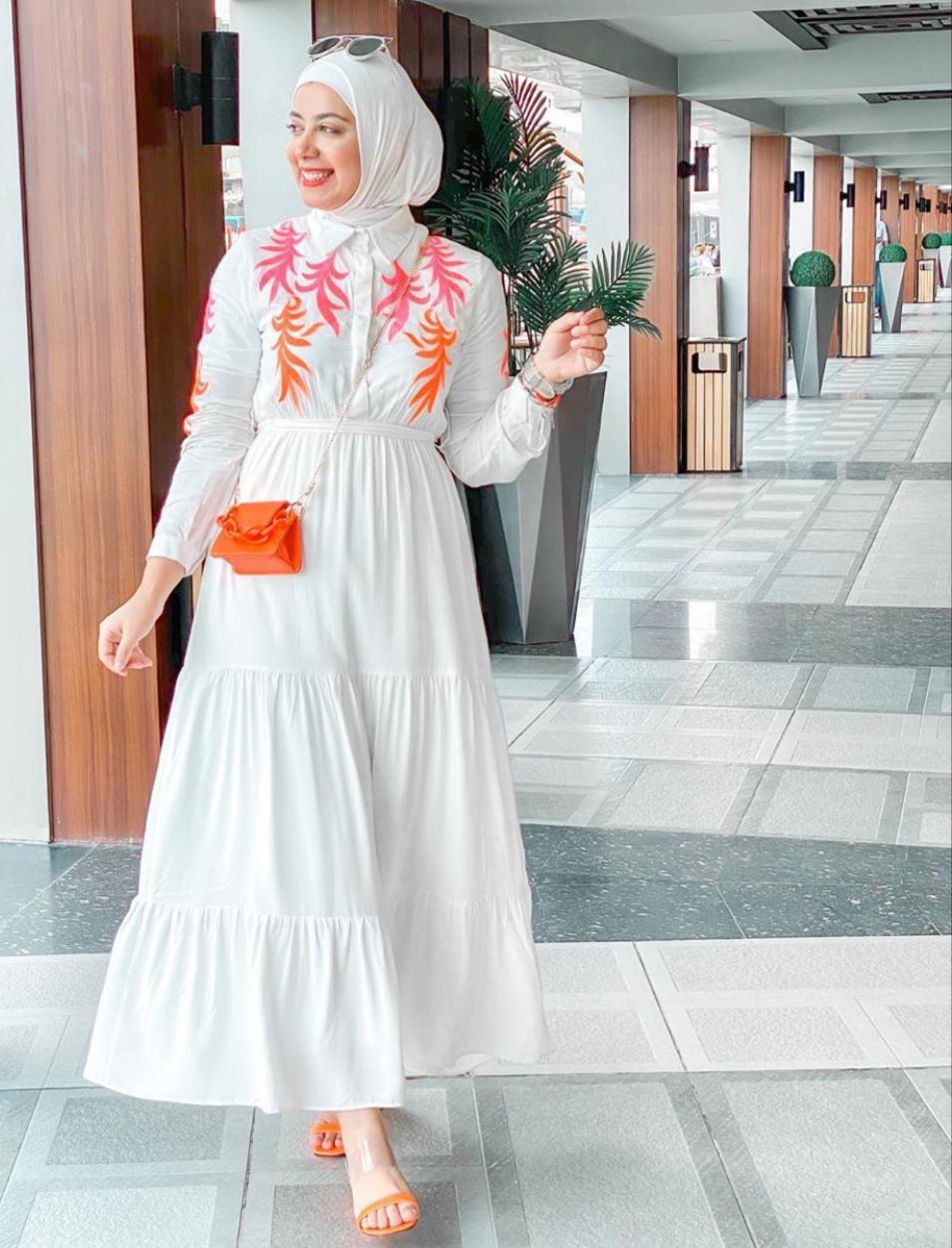 موديلات الفساتين المطرزة