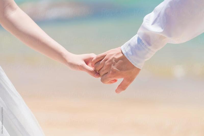 هل زوجك متعلق بك