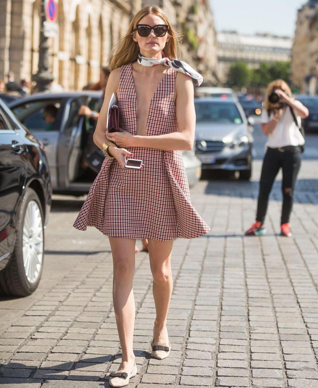 إطلالات الفساتين القصيرة