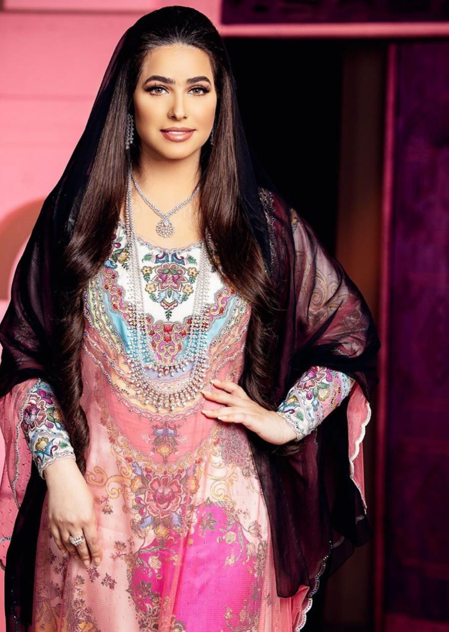 المجوهرات والأزياء العربية
