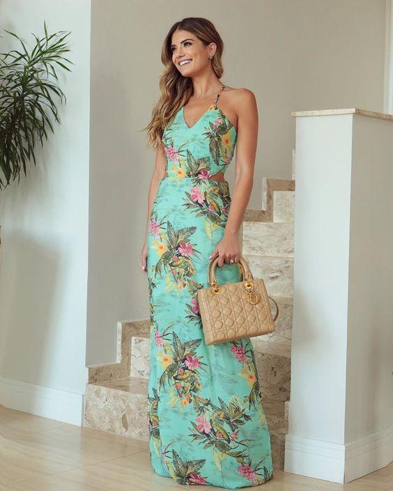 فستان طويل مطبع