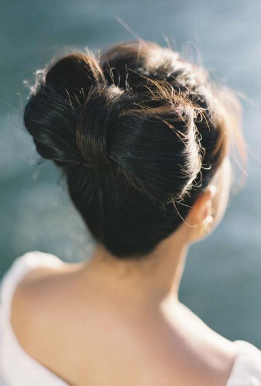 تسريحة شعر مرفوع