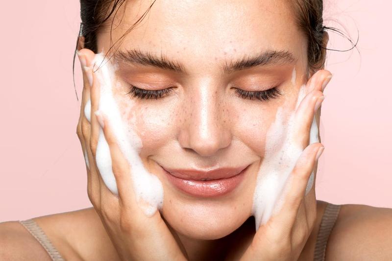 اغسلي وجهك