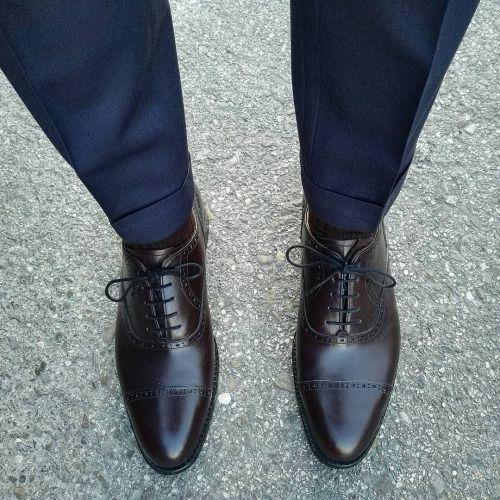 حذاء كلاسيكي مريح وأنيق لإطلالة فورمال تناسب الرجل العملي