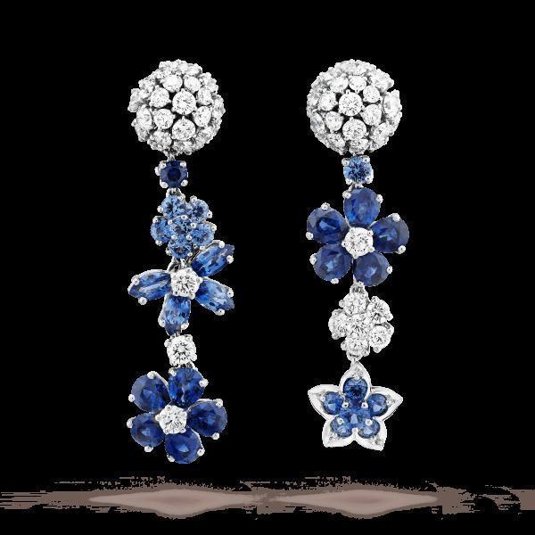 أقراط الورود المرصعة بالفصوص الزرقاء