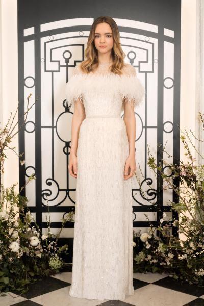 فستان مميز من جيني باكهام
