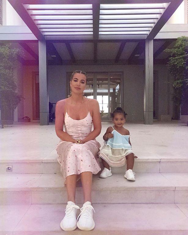 كلوي وابنتها