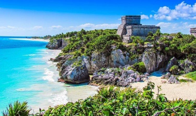 جزيرة تولوم الهادئة في المكسيك
