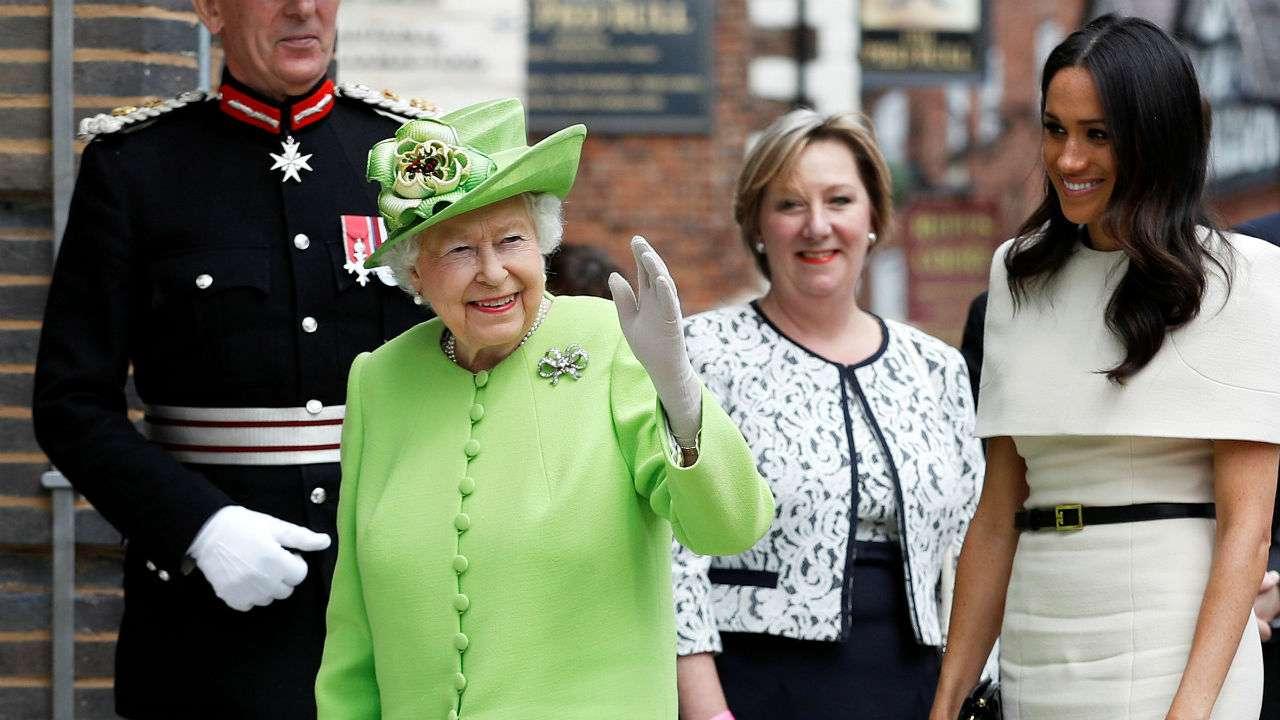 الملكة وجهت دعوة خاصة لميغان