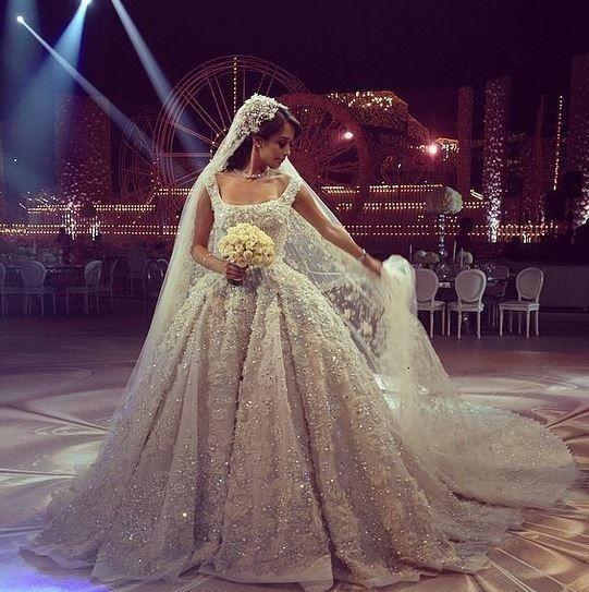 العروس لانا الساحلي