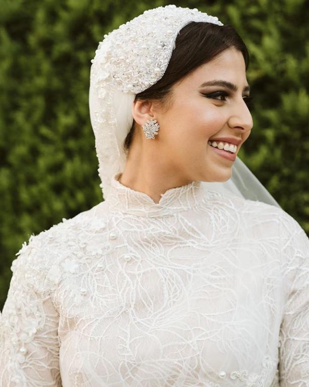 هيد بيس للعروس المحجبة