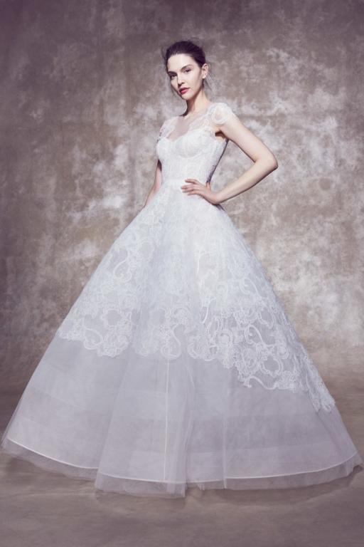 فستان منفوش من مارشيسا
