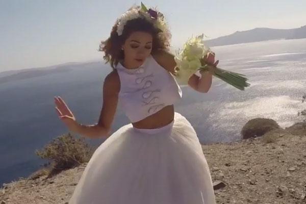 وفيديو /فساتين زفاف نجمات لبنان
