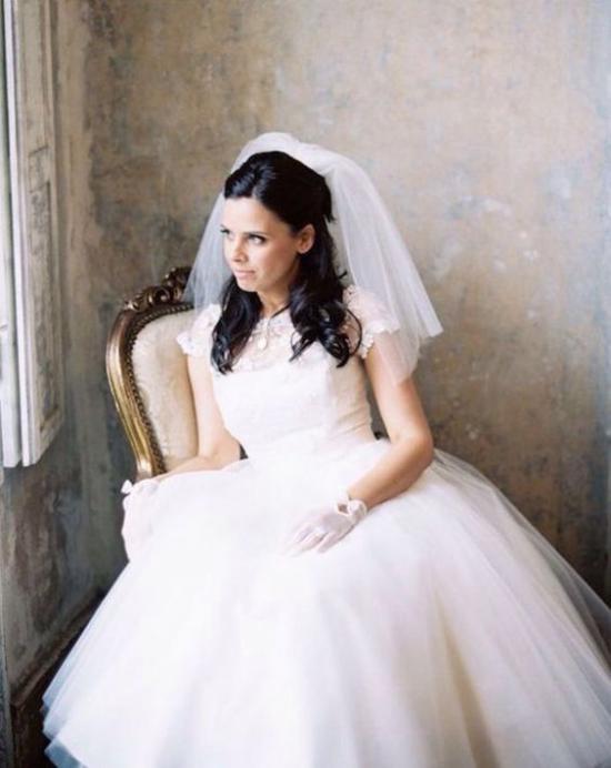 فساتين زفاف للطرحة القصيرة