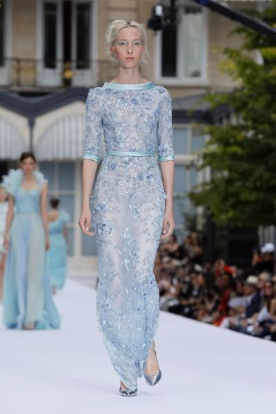 فستان رالف وروسو
