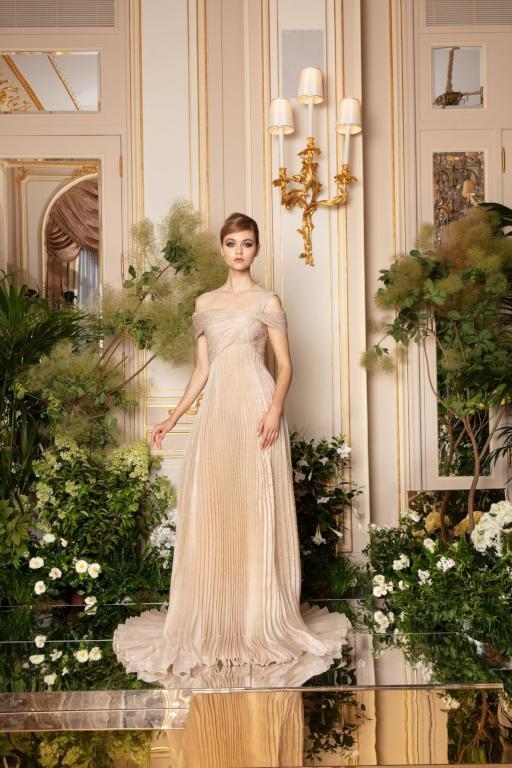 فستان ناعم من رامي العلي
