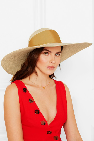 القبعة اكسسوار عصري