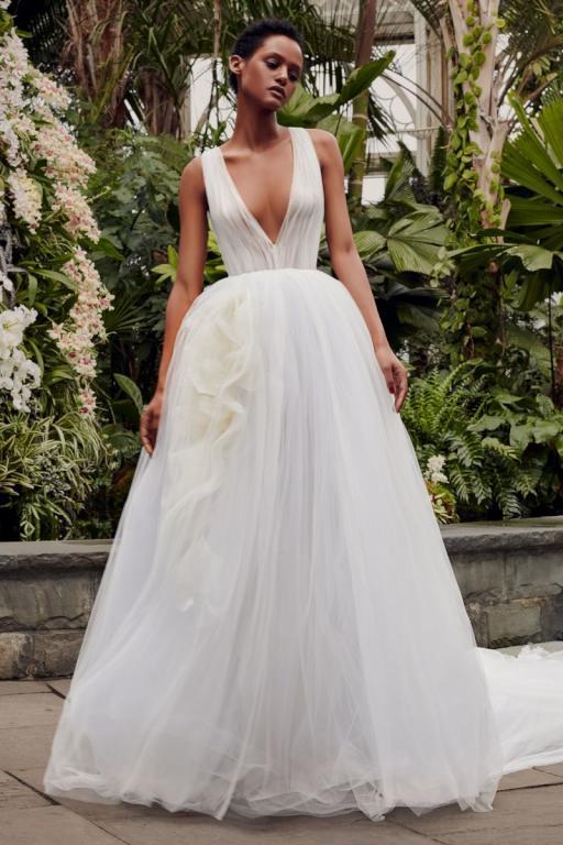 فستان بتصميم السندريلا من فيرا وانغ