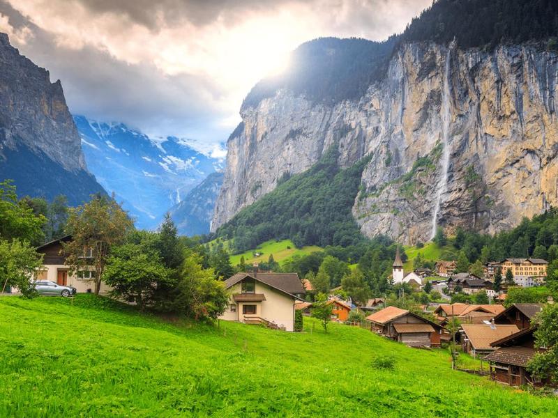 جبال الألب في سويسرا