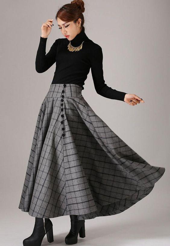 تنورة طويلة كلوش بتصميم كاروهات