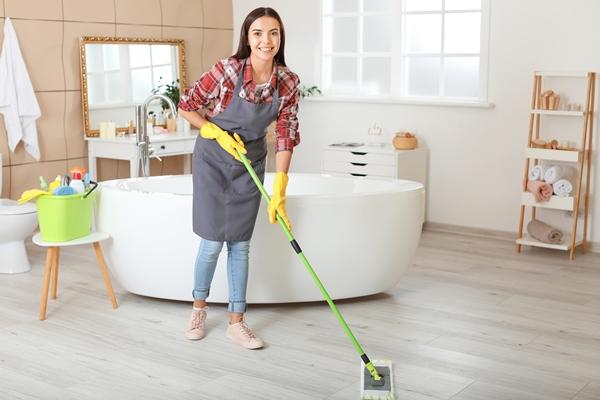 تنظيف باستخدام البيكنج صودا