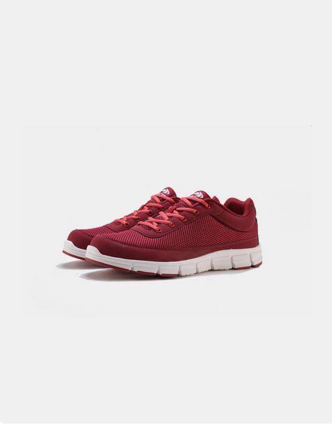 حذاء كاجوال رياضي باللون الأحمر للرجال