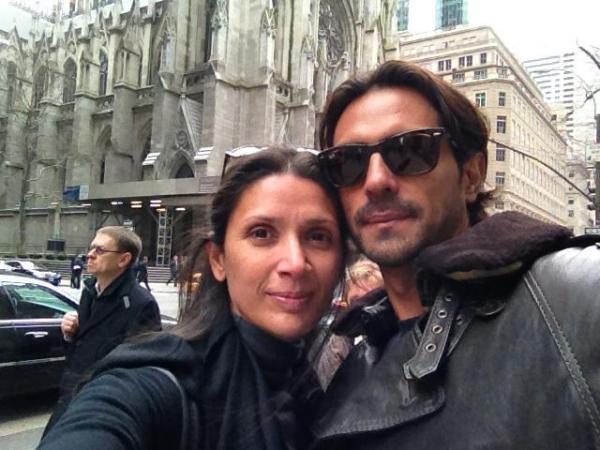 رامبال وزوجته في اجازة