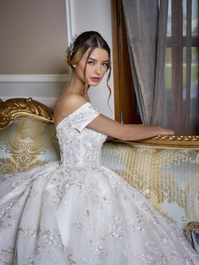 تسريحات عروس