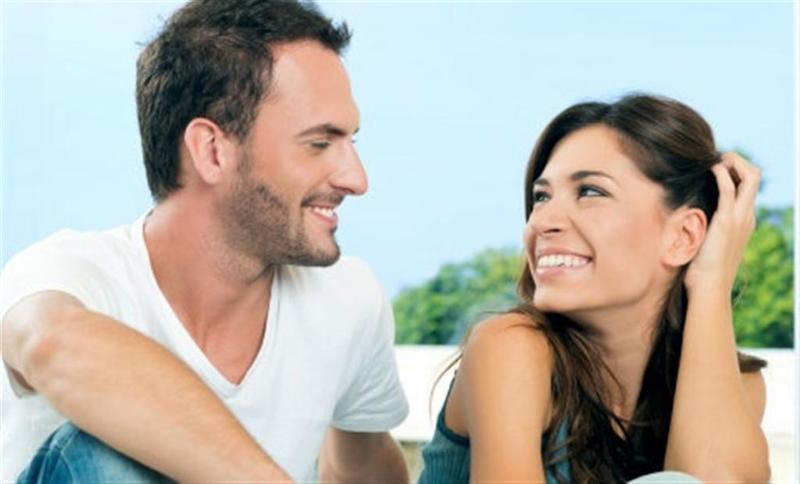 رسائل رومانسية اخبري بها زوجك