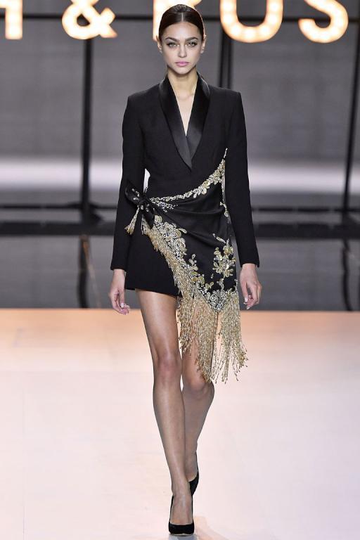 الفستان البليزر من رالف آند روسو