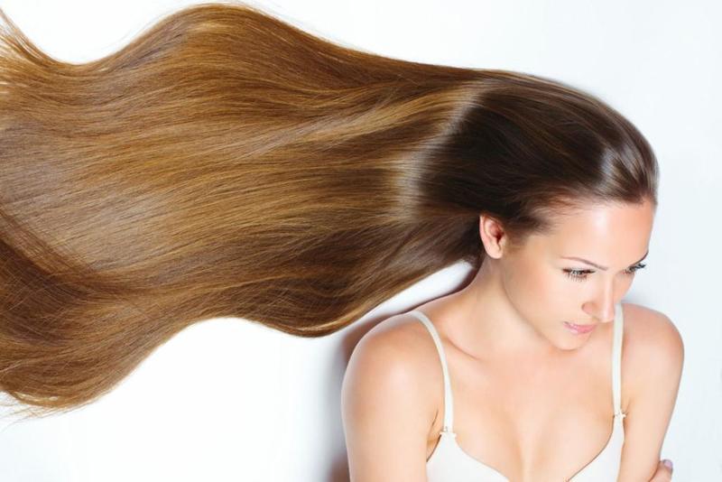 عالجي مشكلة جفاف الشعر قبل الزفاف