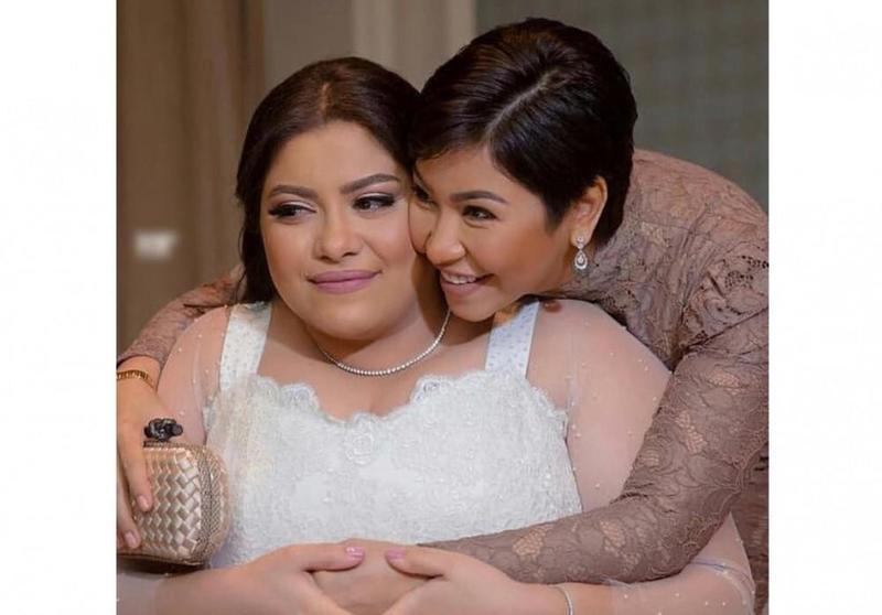 شيرين في زفاف شقيقتها