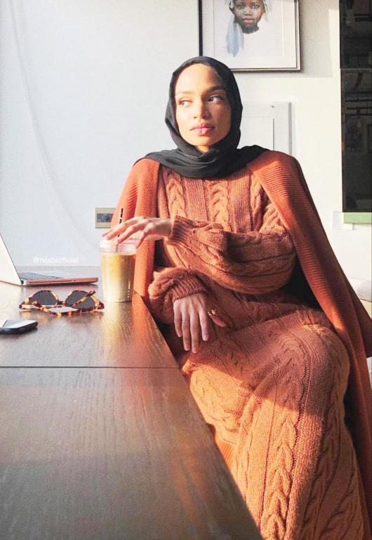   أزياء نيا عمرون للمحجبات  