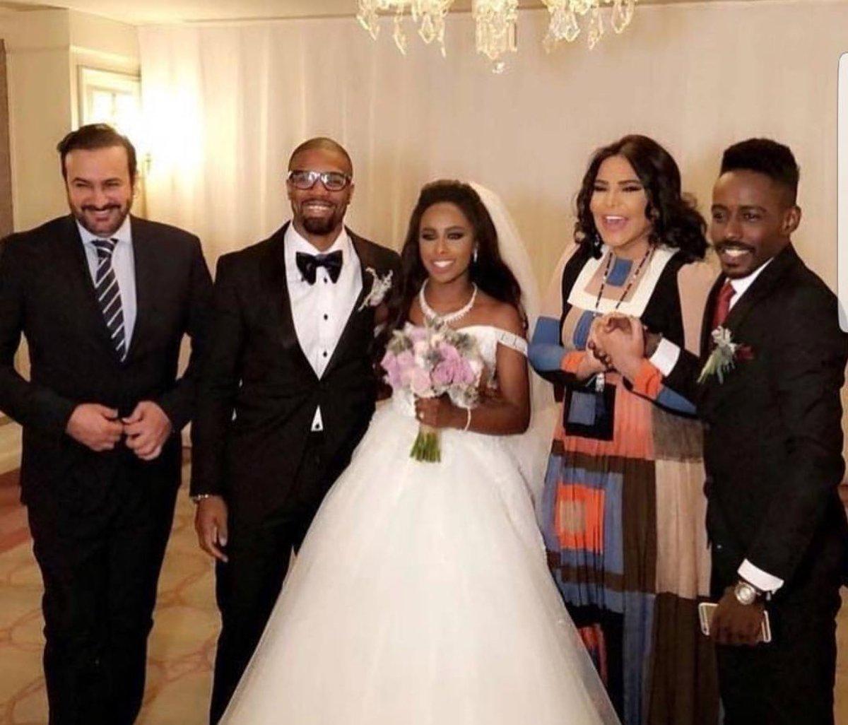 أحلام وزوجها مبارك الهاجري من حفل زفاف داليا مبارك عام 2018