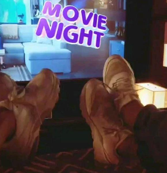 أنوشكا وزوجها في السينما