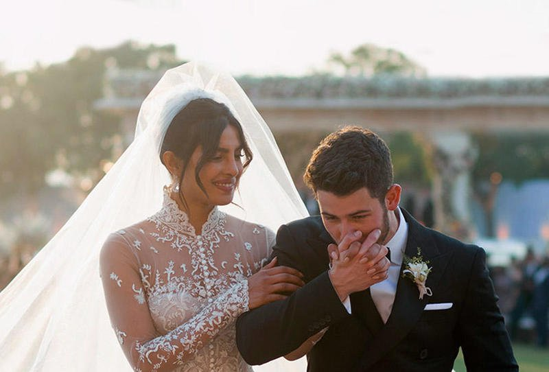 بريانكا بفستان زفافها
