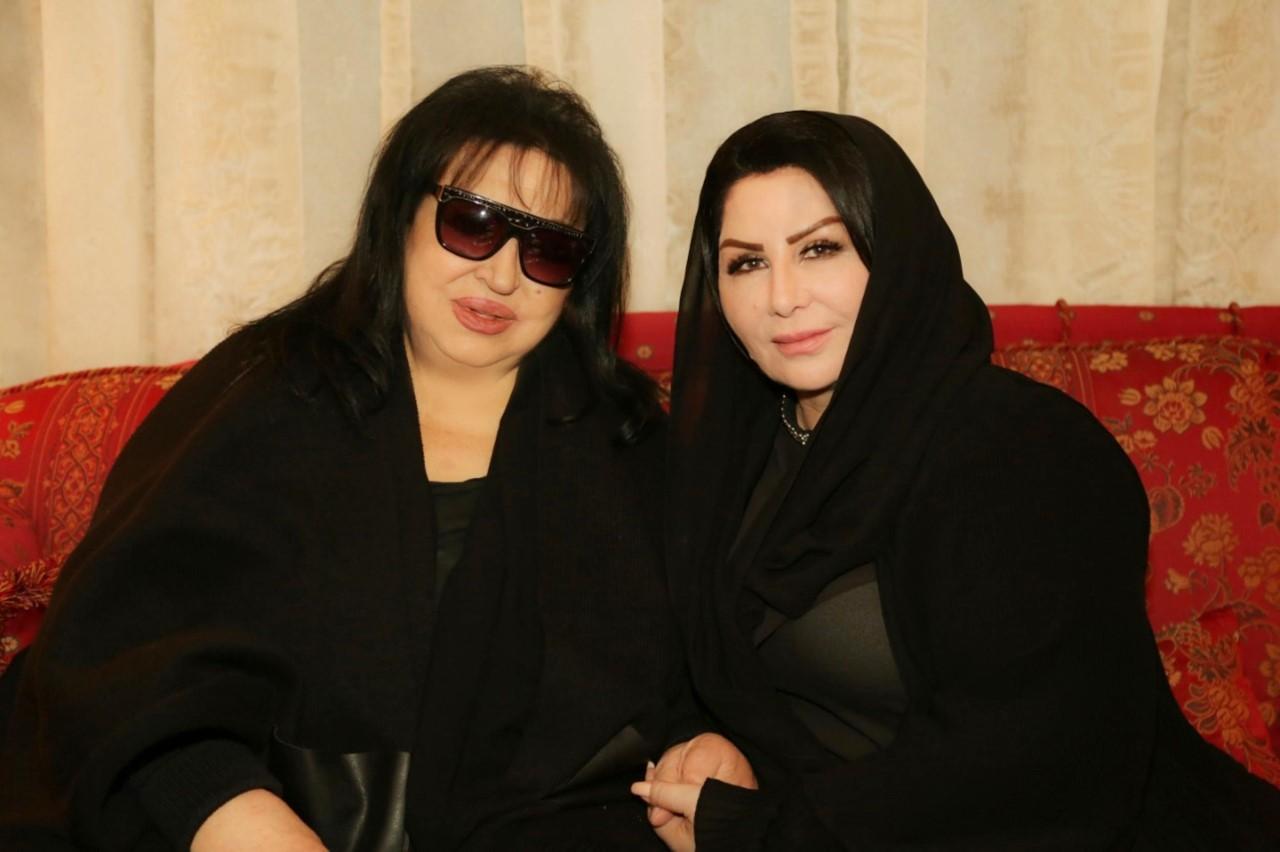 ليلى السلمان مع الفنانة سميرة توفيق
