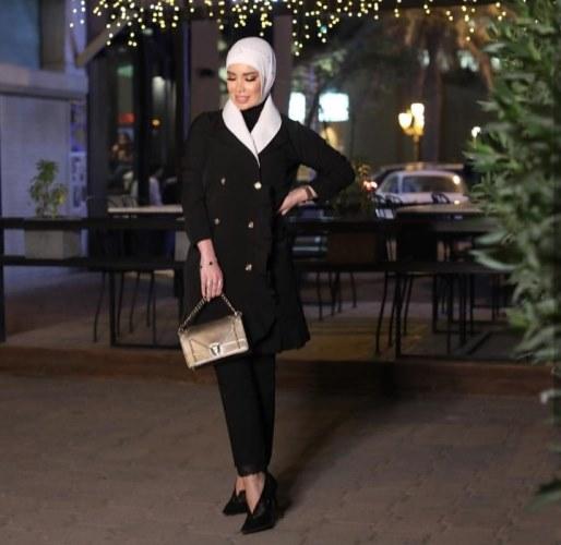 c77bab55145af ملابس محجبات  فاشينيستات انستقرام يخترن أناقة الأسود ...ما رأيك ...
