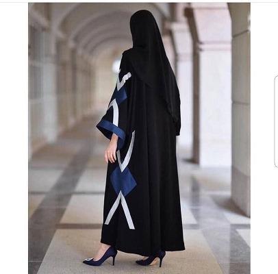 عبايات سوداء من لارين عبايه Lareen Abaya
