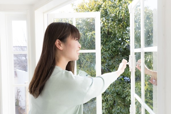 فتح النوافذ للتهوئة