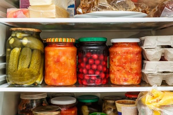 كيف ازيل رائحة العفن من الثلاجة