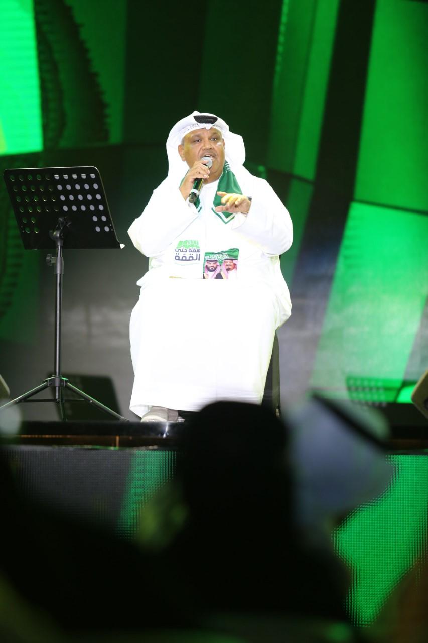 نبيل شعيل خلال حفله في اليوم الوطني السعودي الـ 89