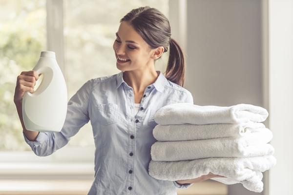 نصائح للمحافظة على الملابس البيضاء