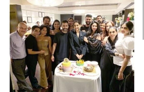 سونام كابور احتفلت بذكرى ميلادها