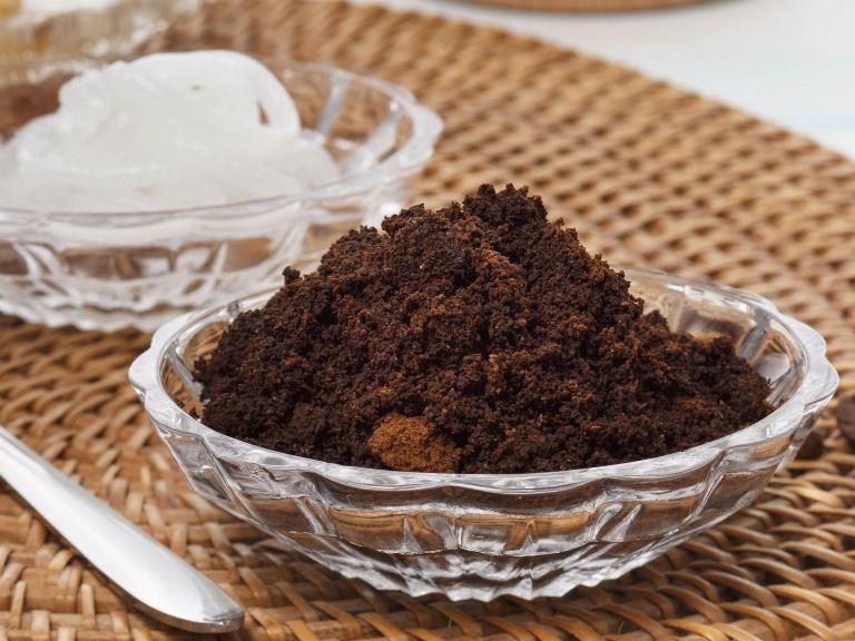 ماسك القهوة التركية لترطيب وتنعيم البشرة