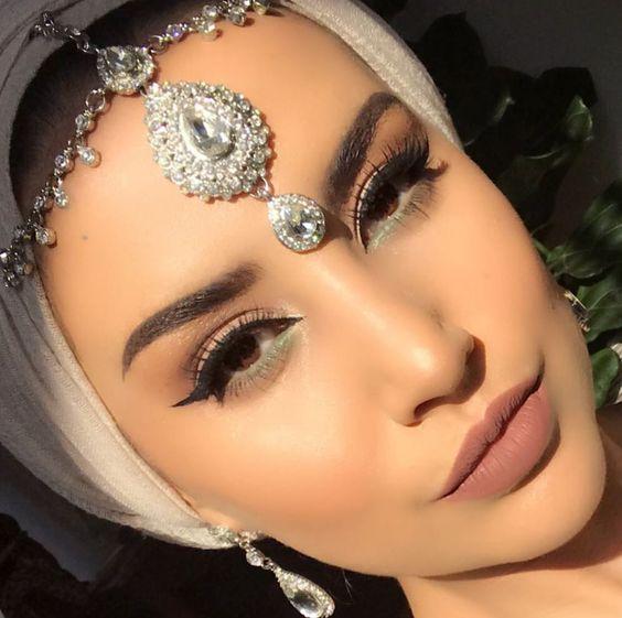 اكسسوارات الحجاب