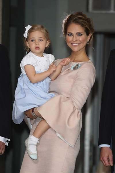 اطلالة أميرة السويد مادلين